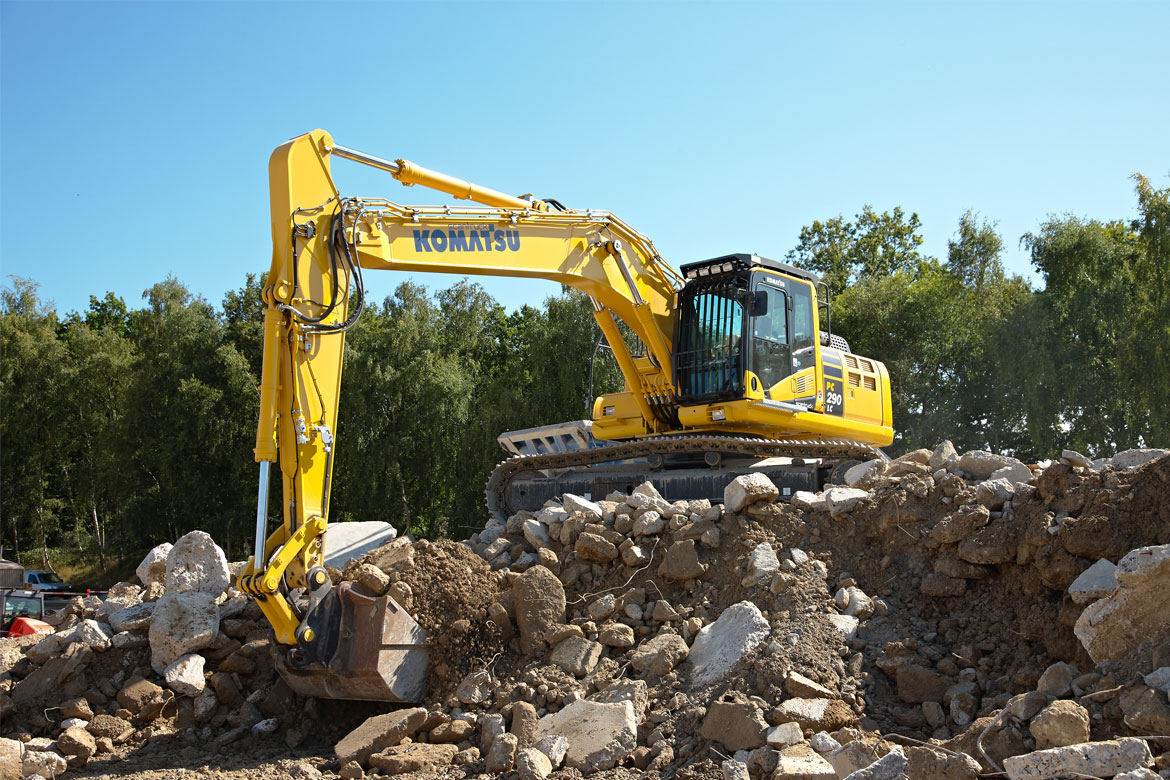 Komatsu construction machines - Distributor and importer